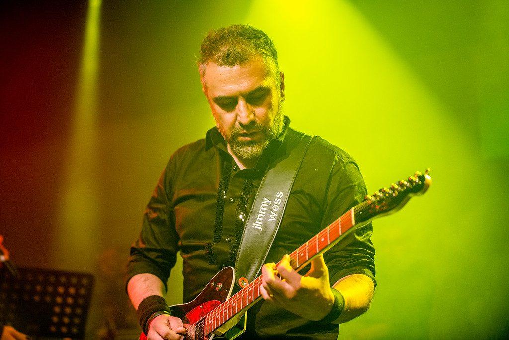 Jaime Chávez - Guitarrista en El Clan